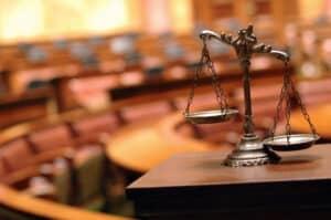 Ein Anwalt für Arbeitsrecht in Köln kann Sie bei einer Abmahnung beraten.