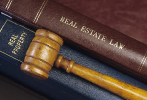 Finden Sie einen passenden Fachanwalt für Arbeitsrecht in Hamburg.