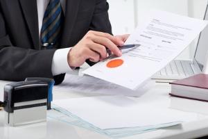 Manch ein Anwalt für Arbeitsrecht in Edewecht ist auch als Notar tätig.