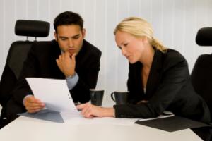 Bei einer Abmahnung hilft Ihnen ein Rechtsanwalt in Mannheim im Bereich Arbeitsrecht.