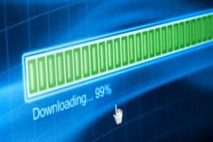 Vorsicht mit uTorrent: Ein Download kann illegal sein.