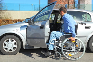 Eine Abmahnung Schwerbehinderter scheint erst einmal eine schwierige Angelegenheit.