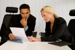 Ein Anwalt kann Ihnen bezüglich der WLAN-Nutzungsvereinbarung für Ihre Ferienwohnung die Rechtslage genau erläutern.