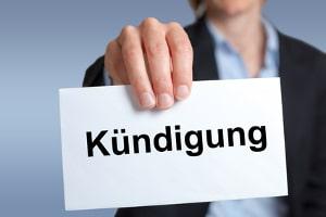 Eine Abmahnung wegen Ruhestörung kann ein Vorbote der fristlosen Kündigung sein.