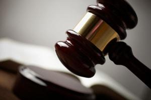 Eine wettbewerbsrechtliche Abmahnung ermöglicht eine Klärung ohne Prozess.
