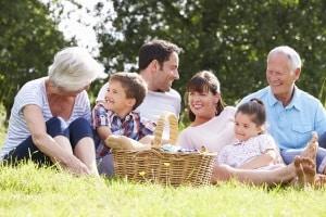 Mitglieder in der GEMA erhalten für Musiknutzung, z. B. bei einem öffentlichen Picknick, ein Vergütung.