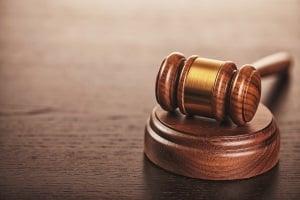 Ein Urteil untersagt der GEMA Gebühren an Musikverlage auszuzahlen.