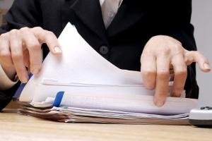 Besonders Unternehmer sollten mit dem Wettbewerbsrecht vertraut sein, um nicht  ihm zuwider zu handeln.