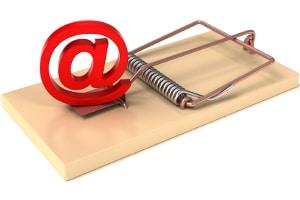 Damit eine Abmahnung im Internetrecht nicht zur Kostenfalle wird, sollten sich Betroffene an einen Anwalt wenden.