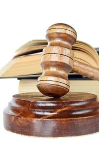 Die Vorgaben von § 13 UWG gelten nicht bei arbeitsrechtlichen Problemen.