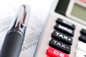 Was kostet die GEMA-Anmeldung? Gebühren können mittels Rechner der Gesellschaft ermittelt werden.