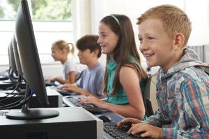 Die Altersprüfung im Online-Shop dient vor allem dem Jugendschutz.