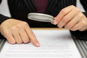 Bei einer Garantie auf Reparatur sollten die Garantiebedingungen genau gelesen werden.