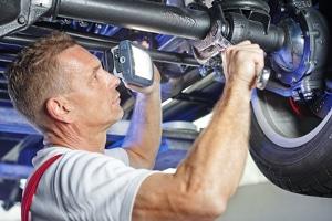 Eine Garantie auf Reparatur oder Austausch kann vom Hersteller angeboten werden.