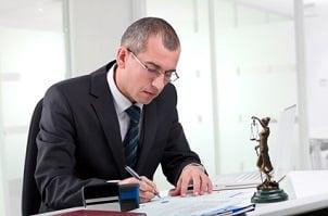 Rechtssichere AGB kann ein Anwalt formulieren