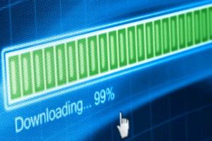 4shared: Ob auf Windows oder iOS, illegale Downloads können Abmahnungen zur Folge haben.