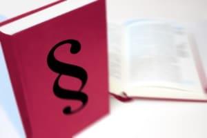 Filesharing-Abmahnung: Das Gesetz über Urheberrecht und verwandte Schutzrechte bildet die Basis.