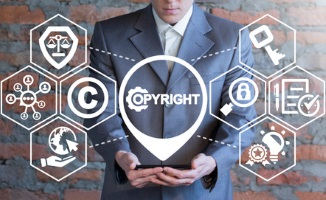 Streaming-Seiten sind dann illegal, wenn sie urheberrechtlich geschützte Werke anbieten ohne die Rechte zu besitzen.